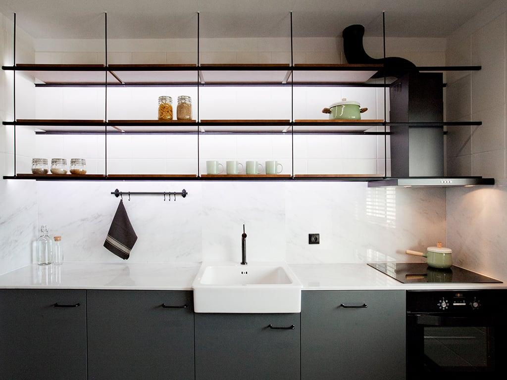 Black_white_kitchen